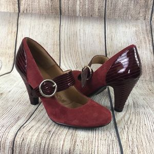 Sofft burgundy suede leather Mary Jane heel shoe